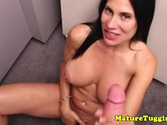 Handjob milf with bigtits rubbing her pussy